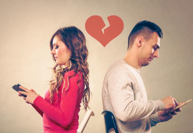 encontrar pareja personas telefono corazon