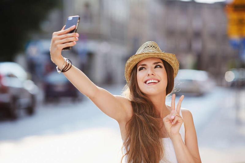 encontrar pareja chica selfie